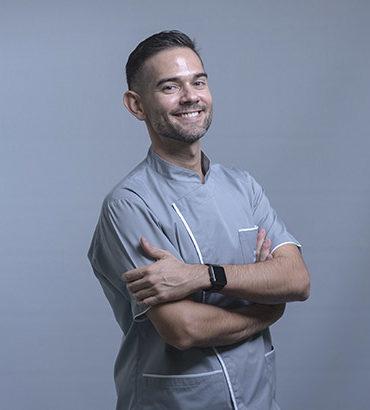 Clínica Dental Granada Dr. José Manuel Cruz
